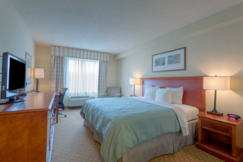 Country Inn & Suites Norfolk Airport South