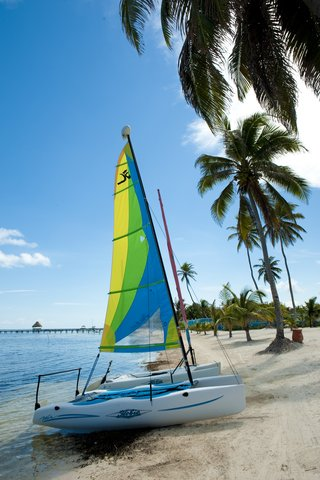 Las Terrazas Resort and Residences - Complimentary Hobie Cats