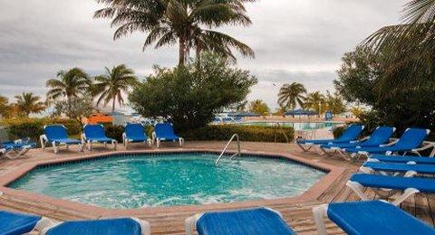 Viva Wyndham Fortuna Beach Hotel - Jacuzzi