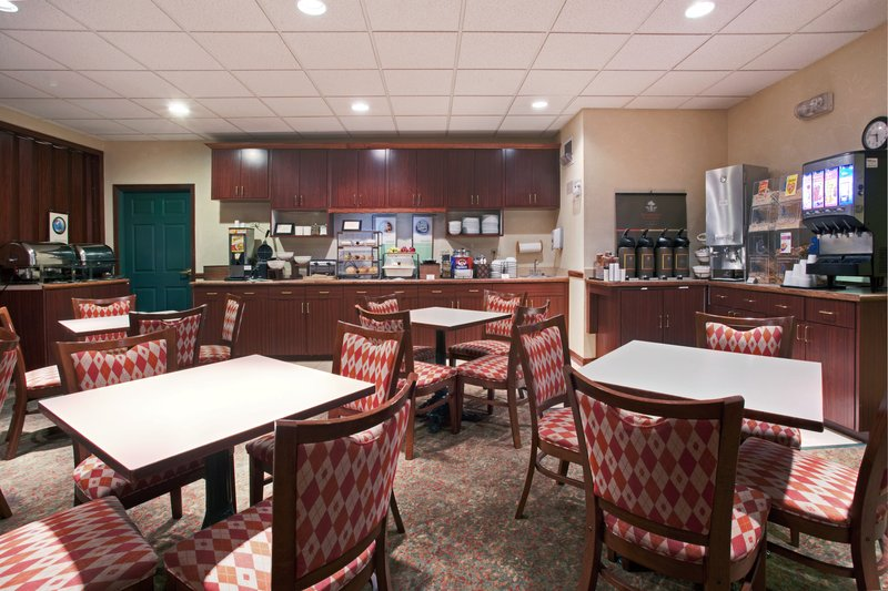 Country Inn & Suites Kearney