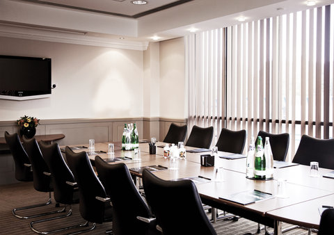 Millennium & Copthorne Hotels At Chelsea Football Club - Mears Suite