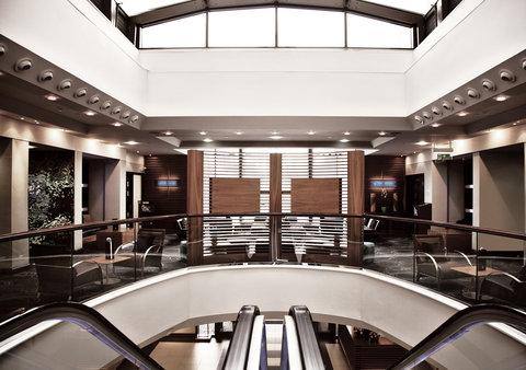 Millennium & Copthorne Hotels At Chelsea Football Club - Copthorne Lobby