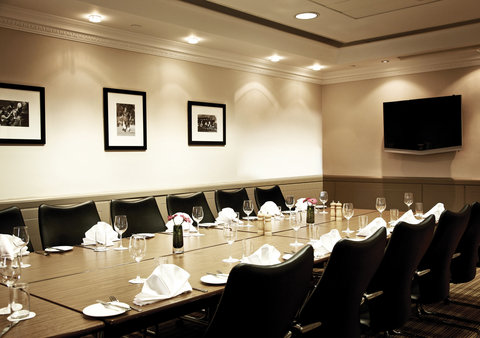 Millennium & Copthorne Hotels At Chelsea Football Club - Di Matteo Suite
