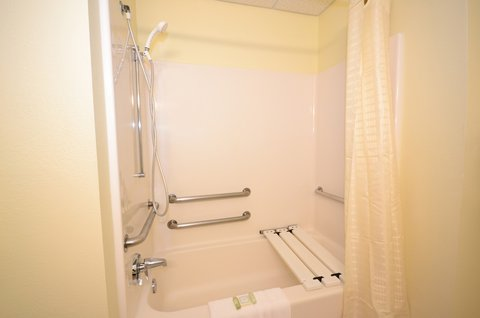 Best Western Concord Inn & Suites - Mobility Accessible Bathroom