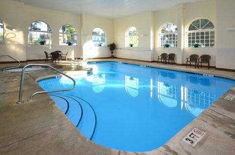 Best Western Concord Inn & Suites - Pool