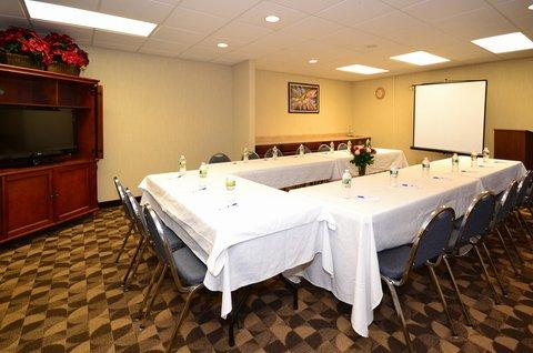 Best Western Concord Inn & Suites - Meeting Room