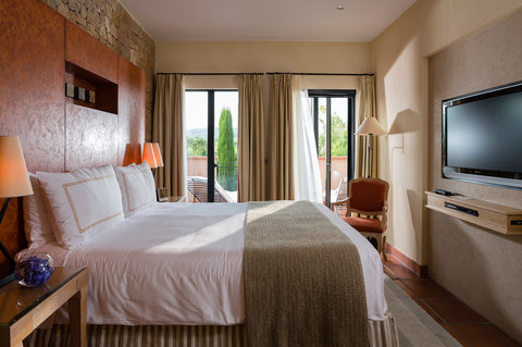 Terre Blanche Hotel Spa Golf - Premier Villa Bedroom