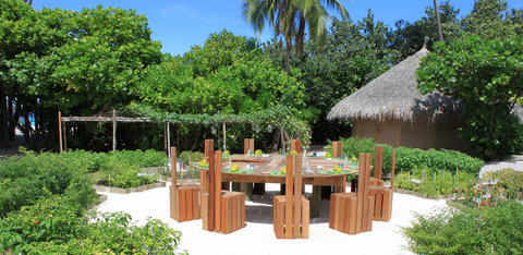 Six Senses Laamu - The Chili Table