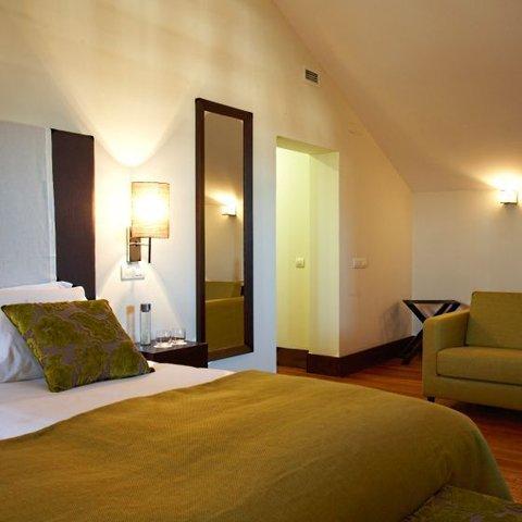 Hotel Lusitano - Mansard Room
