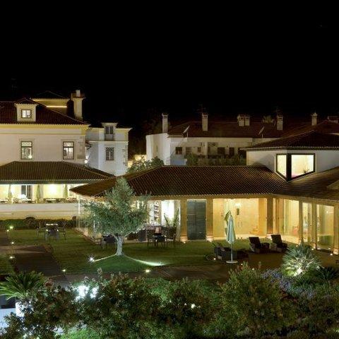 Hotel Lusitano - Exterior