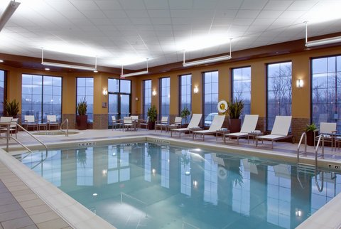 Embassy Suites Columbus - Airport - Indoor Pool