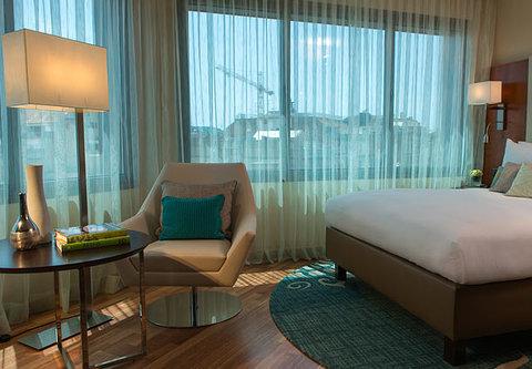 Renaissance Barcelona Hotel - Executive Guest Room