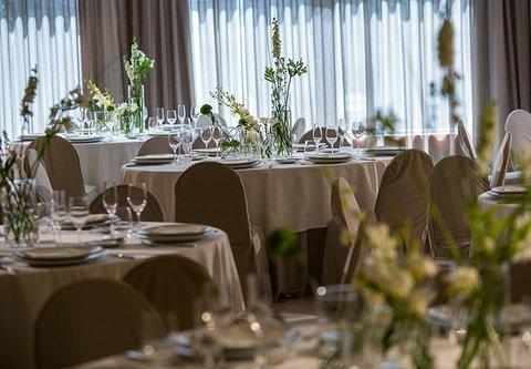 Renaissance Barcelona Hotel - Meeting Room - Banquet Setup