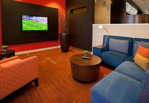 Courtyard Bakersfield - Lobby Lounge