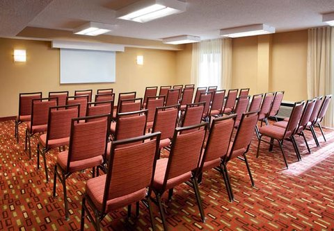 Courtyard Bakersfield - Meeting Room