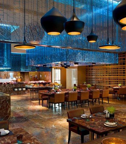 Renaissance Bangkok Ratchaprasong Hotel - Flavors