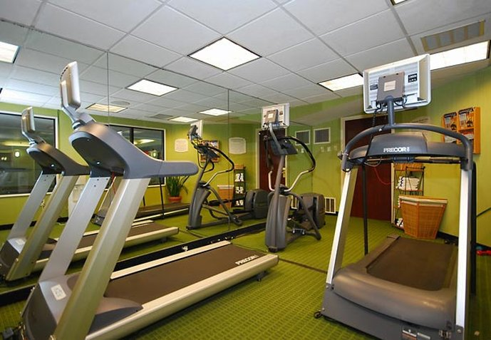 Fairfield Inn & Suites Boston North Fitness club