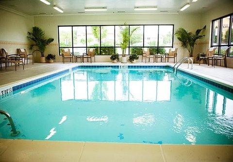 Fairfield Inn & Suites Cincinnati North/Sharonville - Indoor Pool
