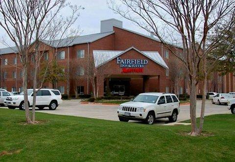 Fairfield Inn & Suites Dallas North by the Galleria - Exterior