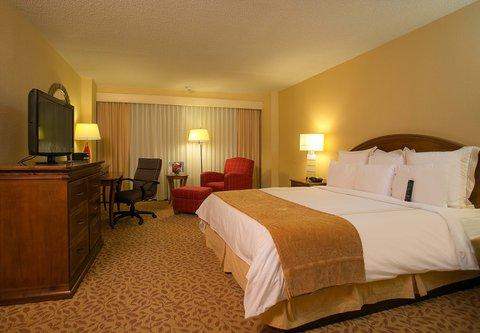 Greensboro Marriott Downtown - King Guest Room