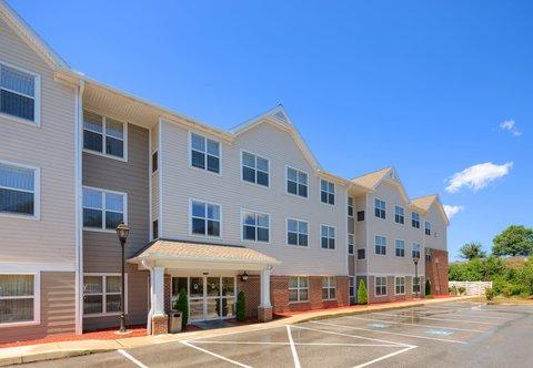 Residence Inn Harrisburg Hershey - Back Entrance
