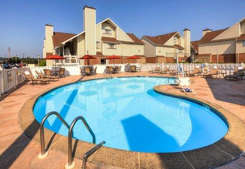 Residence Inn Harrisburg Hershey - Outdoor Pool