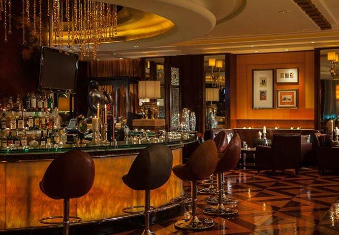 Renaissance Shanghai Pudong Hotel Bar/Lounge