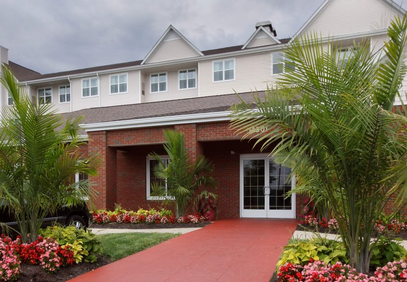 RESIDENCE INN POTOMAC MARRIOTT