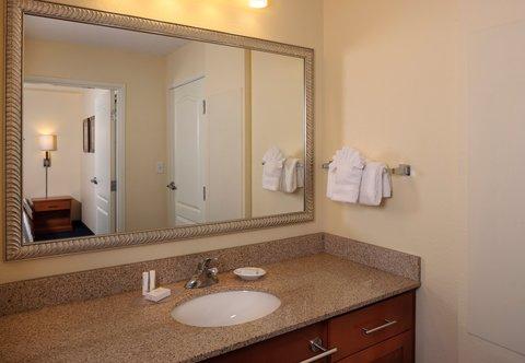 Residence Inn Harrisburg Hershey - Guest Bathroom Vanity