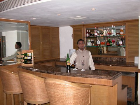The Residence Hotel and Apartments - Bar Lounge