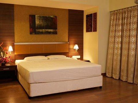 The Residence Hotel and Apartments - Deluxe Room