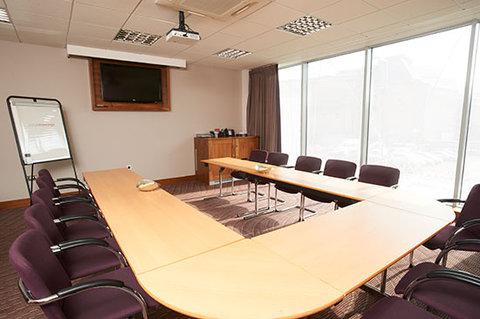 جوريز إن بلفاست - Belfast Meeting UShape