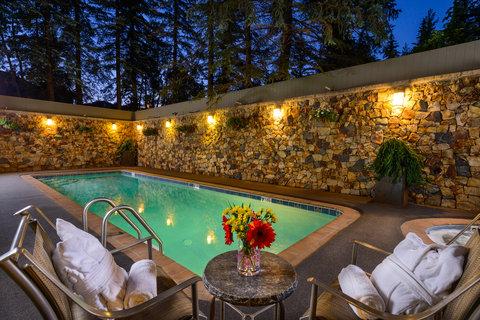 Vail's Mountain Haus - Pool