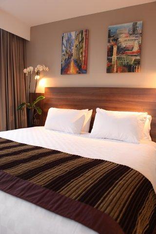جوريز إن برمنغهام - Bham Bedroom  NXPower Lite