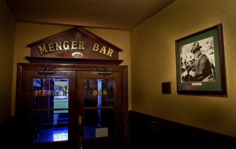 Menger Bar - San Antonio, TX