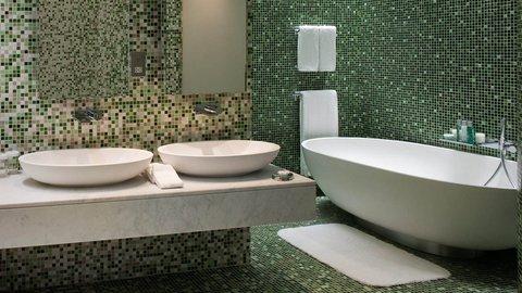 Yas Viceroy Abu Dhabi - Marina Executive Suite Bathroom
