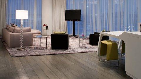 Yas Viceroy Abu Dhabi - Marina Executive Suite Living Room