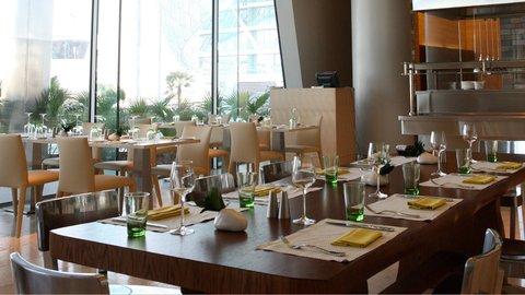 Yas Viceroy Abu Dhabi - Amici Restaurant