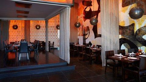 Yas Viceroy Abu Dhabi - Atayeb Restaurant