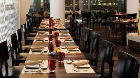 Yas Viceroy Abu Dhabi - Noodle Box Restaurant