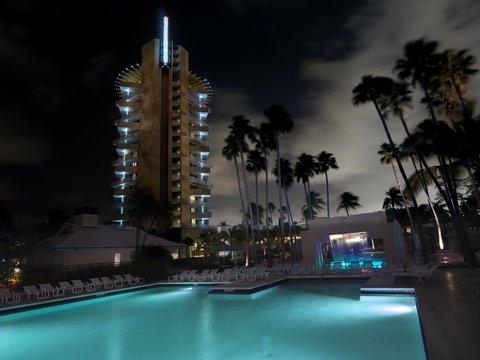 Hyatt Regency Pier Sixty-Six - Pool Night Hor Shelby1107