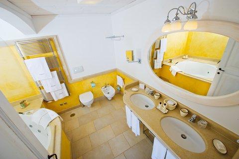 Borgobianco Resort & Spa - Suite Borgobiancobathroom