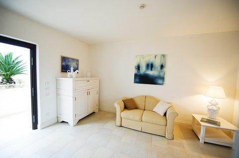 Borgobianco Resort & Spa - Junior Suite Living Room
