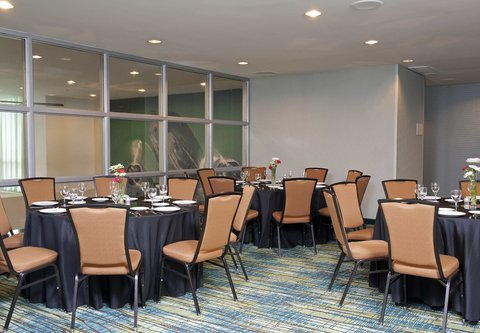 SpringHill Suites Chicago O'Hare - Pre-Function Area