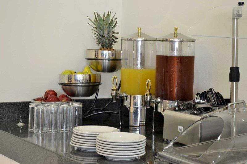 Holiday Inn Express Guaymas Gastronomía