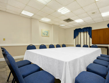 Days Inn Charleston Historic District - Meeting Room
