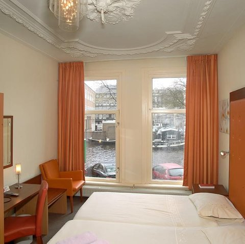 King Hotel Amsterdam - Canal View Room