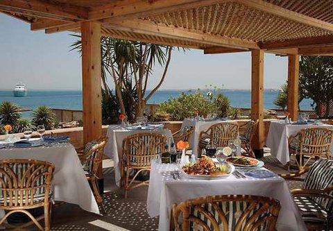Hurghada Marriott Beach Resort - Surf and Turf Restaurant