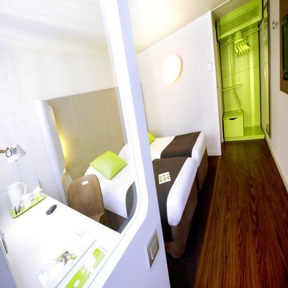 Hotel Campanile Clermont Ferrand Nord - Riom Zimmeransicht