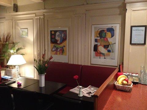 ITC Hotel - Restaurant